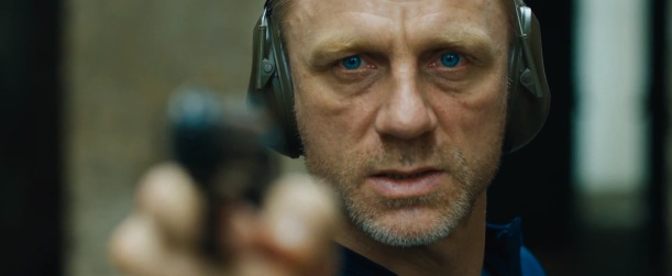 daniel_craig_blue_eyes_elly_mcdonald_writer
