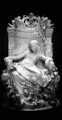 Sleeping_Beauty_sculpture