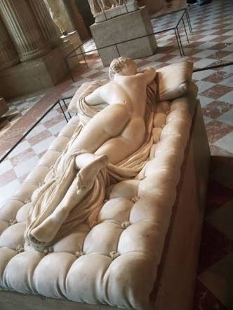 Stone_mattress_Bernini